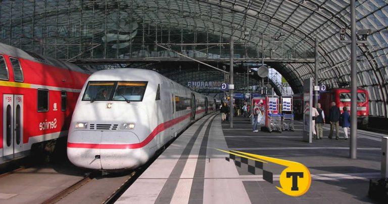 того, какой вокзал приходит поезд из смоленска в петербург менее важной